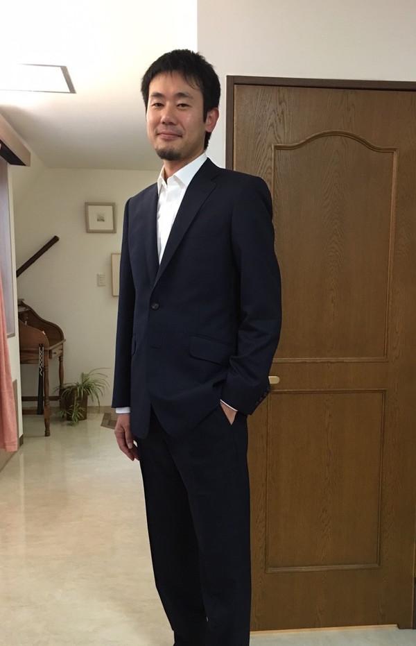 【東京都江東区在住 HTさま】アーサー・ハリソン社(英)製生地で二つ釦シングルスーツとオーダ−Yシャツをお仕立て