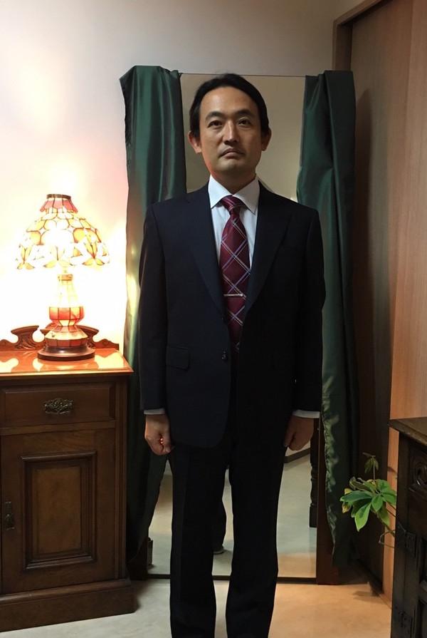 【東京都目黒区在住 KSさま】国産生地で二つ釦シングルスーツをお仕立て