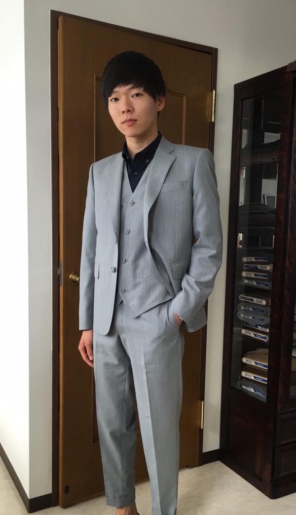 【神奈川県横浜市在住 TSさま】国産生地で二つ釦シングル三揃いスーツをお仕立て