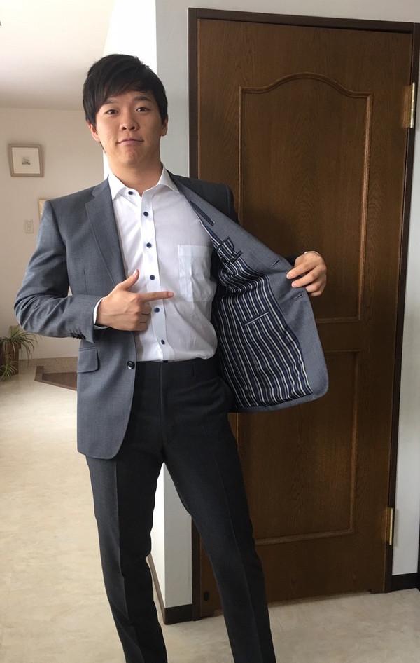 【東京都中央区在住 印南隼毅さま】国産生地で二つ釦シングルスーツと二着クール仕様オーダーYシャツをお仕立て