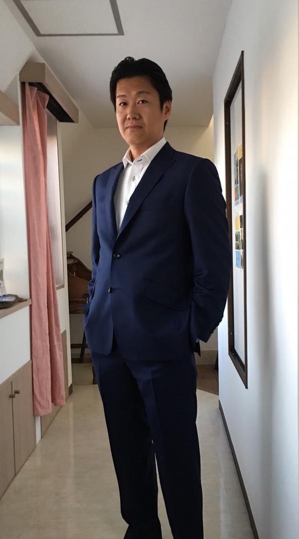 【東京都町田市在住 FMさま】スキャバル社(英 )製生地で二つ釦シングルスーツをお仕立て