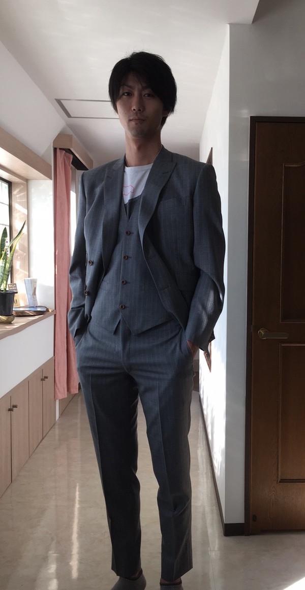 【東京都中野区在住 TTさま】国産生地で四つ釦ダブル三揃いスーツをお仕立て