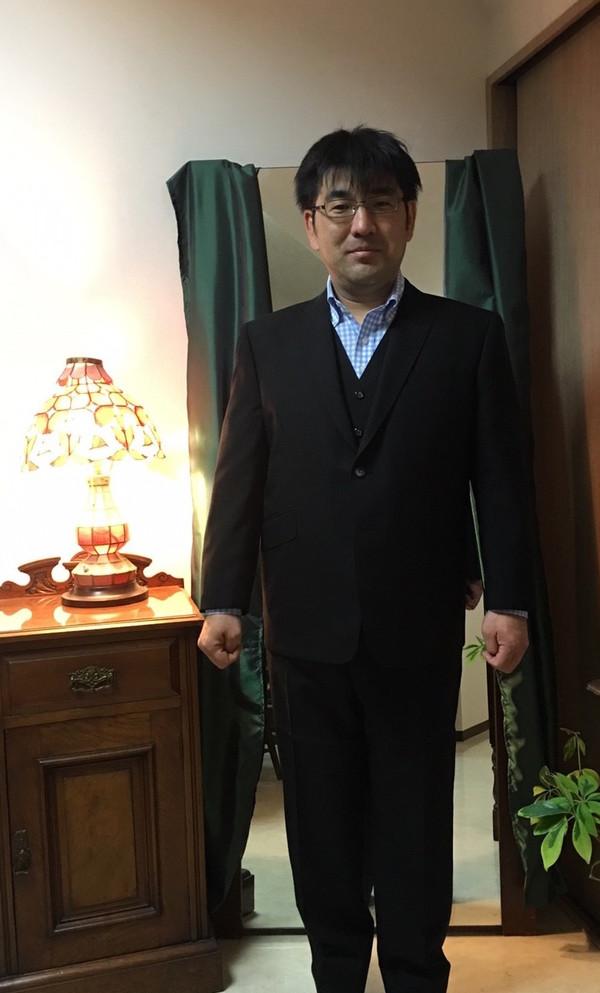 【東京都練馬区在住  山田貴一さま】国産生地で二つ釦シングル三揃いスーツをお仕立て