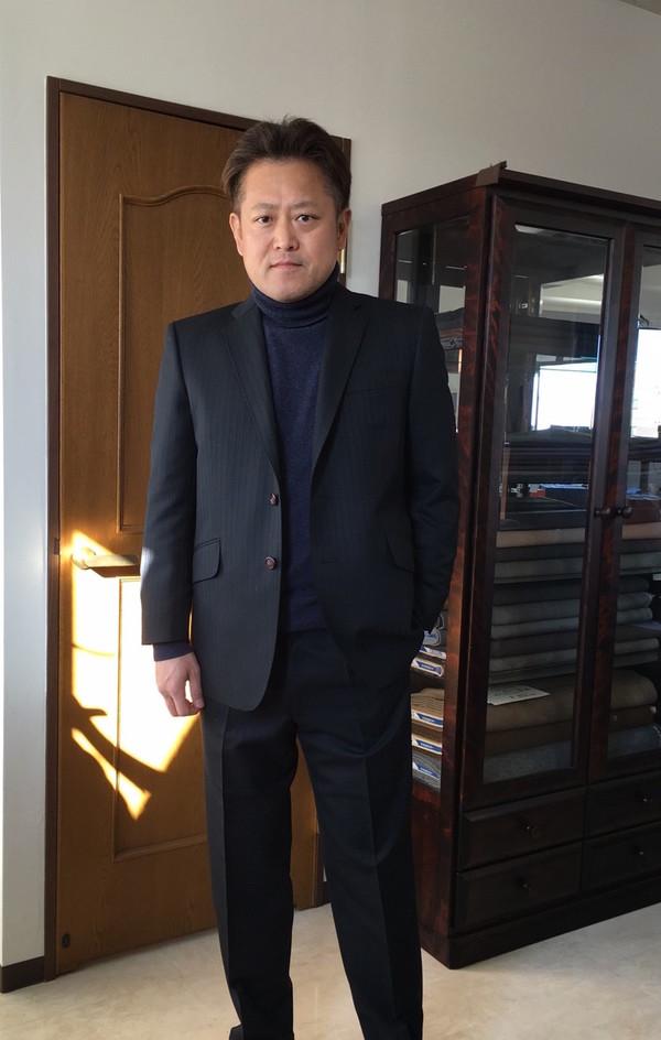 【東京都中野区在住 濱田英孝さま】国産生地で二つ釦シングルスーツをお仕立て