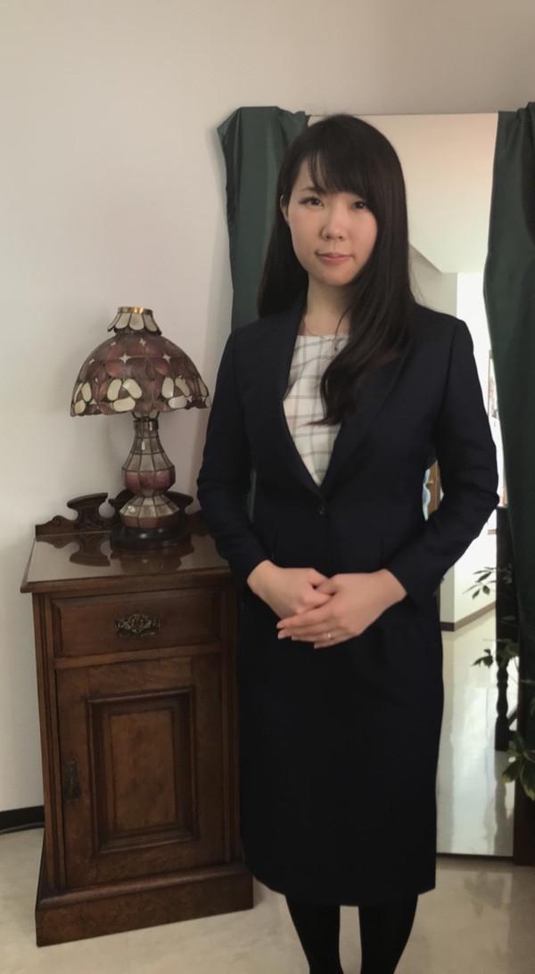 【東京都品川区在住  RTさま】 国産生地で一つ釦シングル・レディススーツをお仕立て