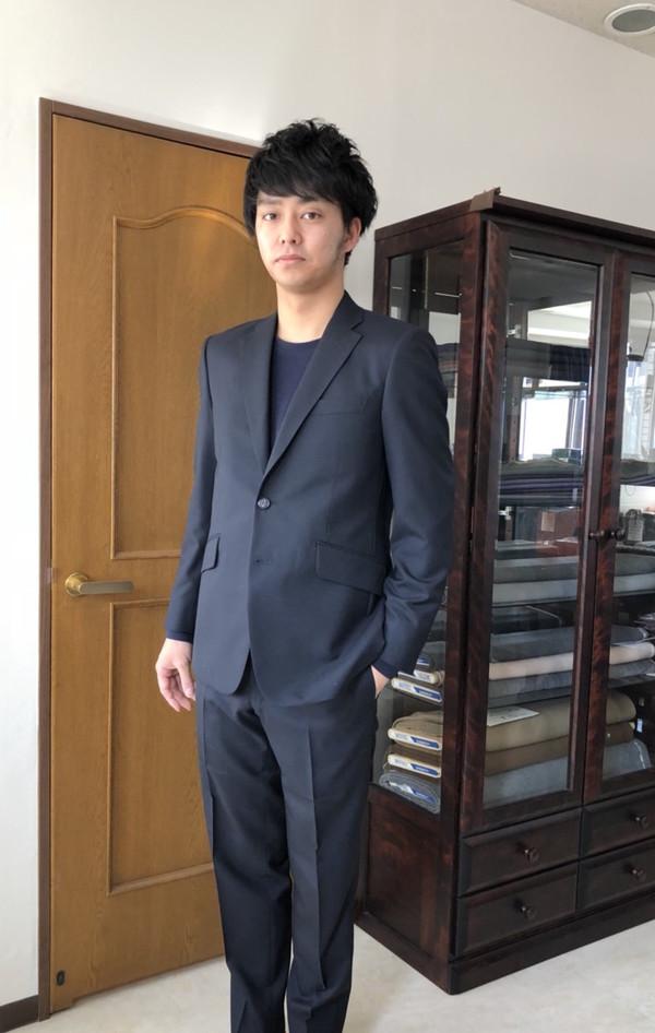 【東京都世田谷区在住 SMさま】国産生地で二つ釦シングルスーツをお仕立て
