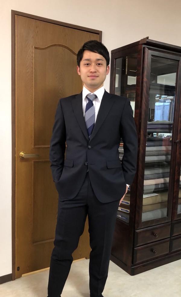 【神奈川県川崎市在住 KYさま】国産生地で二つ釦シングルスーツをお仕立て