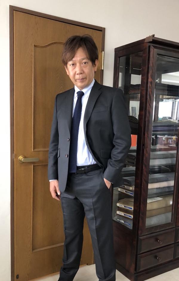 【埼玉県所沢市在住 ASさま】国産生地で二つ釦シングルスーツをお仕立て