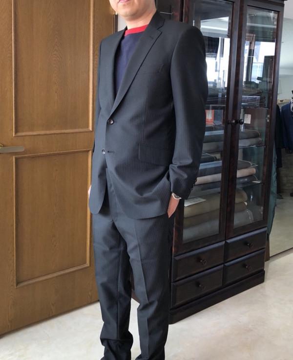 【東京都板橋区在住  IMさま】国産生地で二つ釦シングルスーツをお仕立て