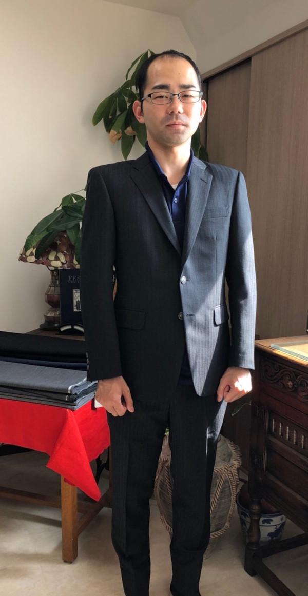【東京都江戸川区在住  KYさま】国産生地で二つ釦シングルスーツをお仕立て