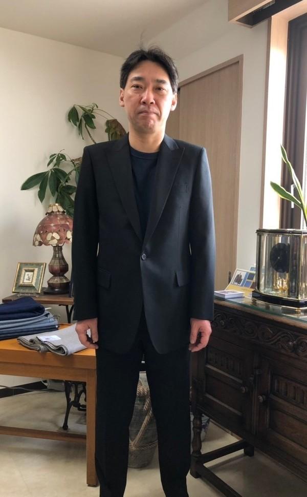 【東京都杉並区在住  AMさま】国産生地で礼服をお仕立て