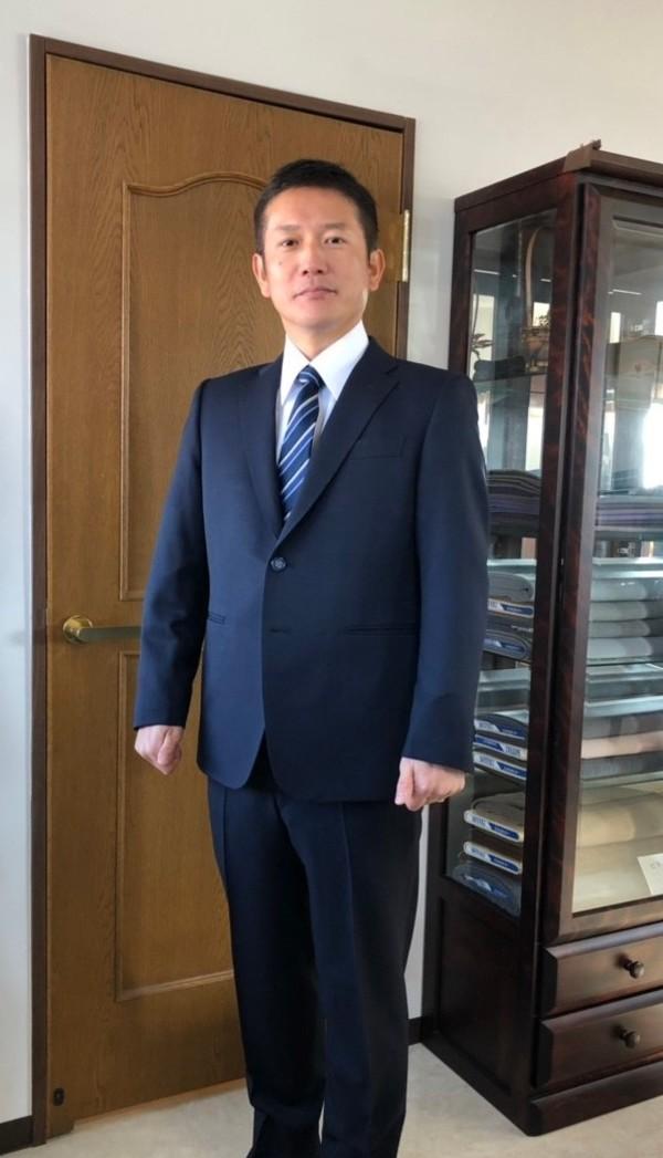 【東京都杉並区在住  JTさま】国産生地で二つ釦シングルスーツをお仕立て