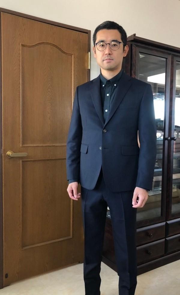 【東京都練馬区在住  KSさま】国産生地で二つ釦シングルスーツをお仕立て