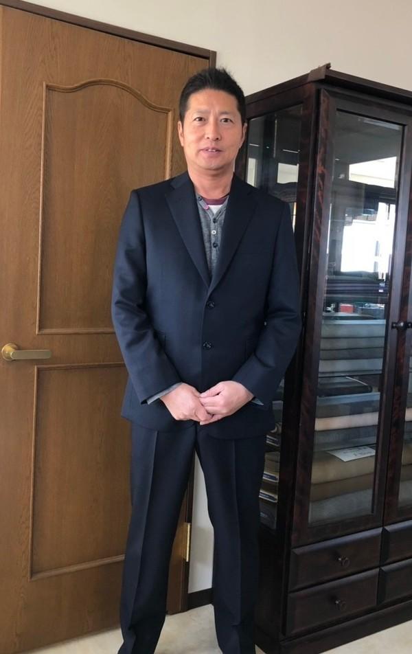 【東京都中野区在住  YSさま】国産生地で二つ釦シングルスーツを2着お仕立て
