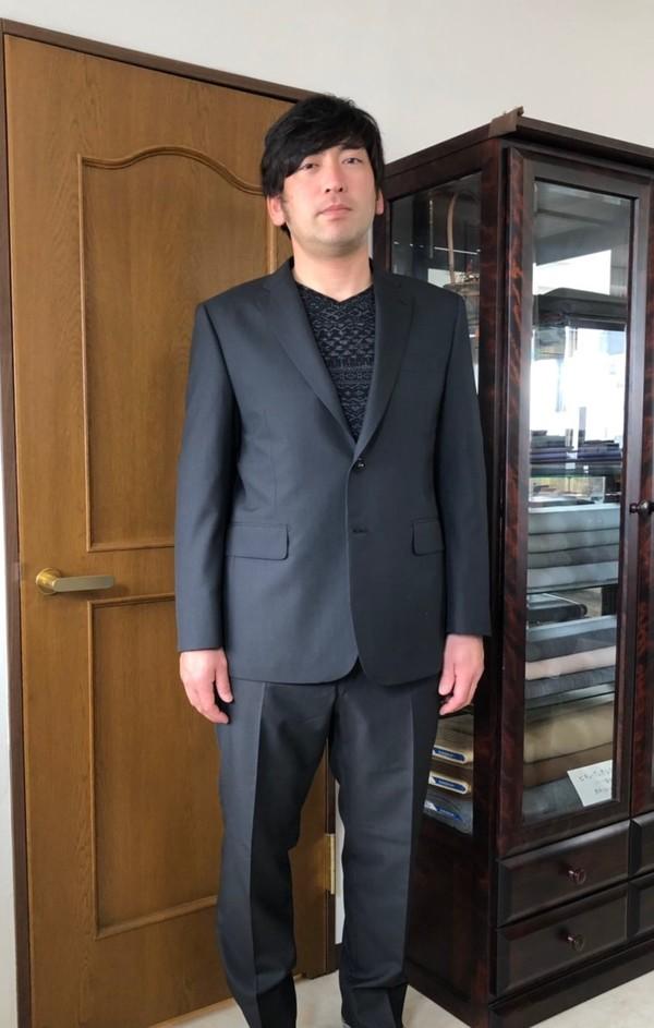 【東京都立川市在住  JNさま】国産生地で二つ釦シングルスーツをお仕立て