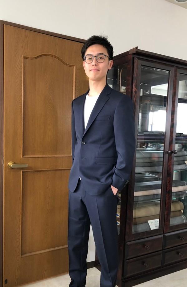 【神奈川県横浜市在住 ROさま】国産生地で二つ釦シングルスーツをお仕立て