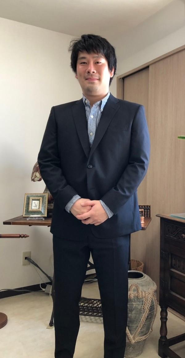 【東京都西東京市在住  萩原健太さま】国産生地で二つ釦シングルスーツをお仕立て
