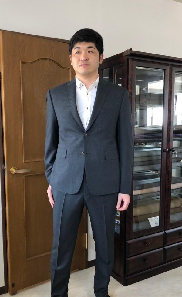 【東京都荒川区在住  THさま】国産生地で二つ釦シングルスーツをお仕立て