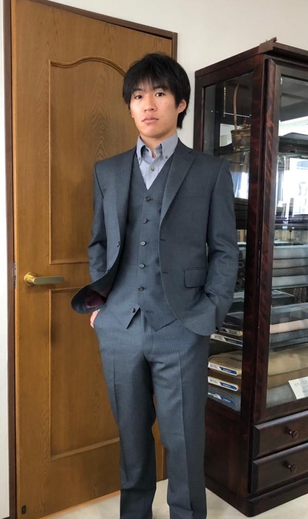 【東京都練馬区在住 TMさま】国産生地で二つ釦シングルスーツをお仕立て