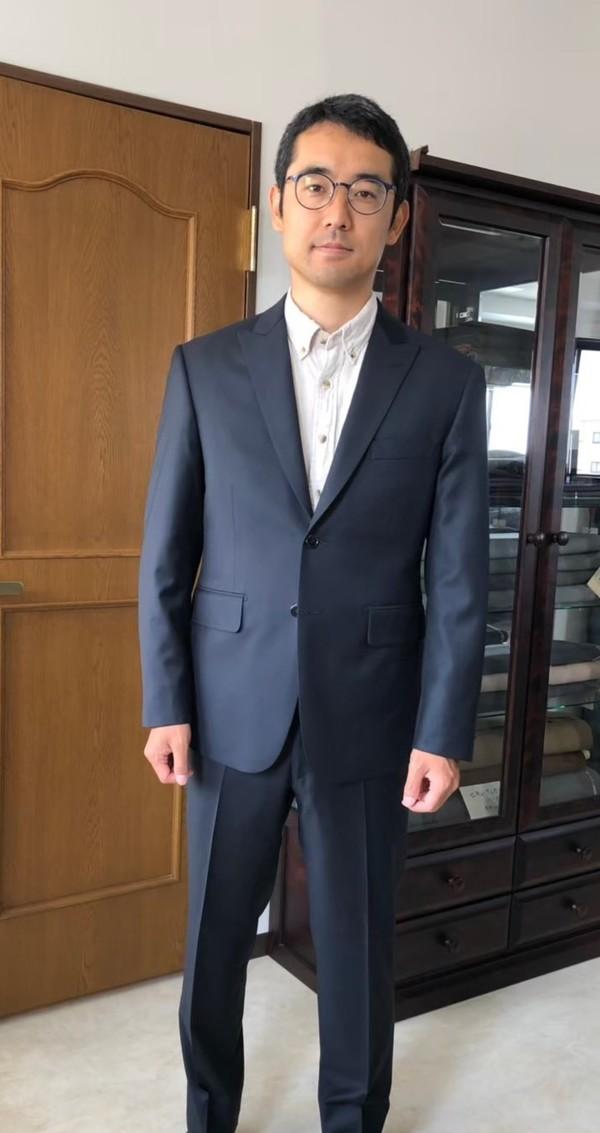 【東京都練馬区在住  KSさま】チェルッティ社(伊)製生地と国産生地で二つ釦シングルスーツをお仕立て