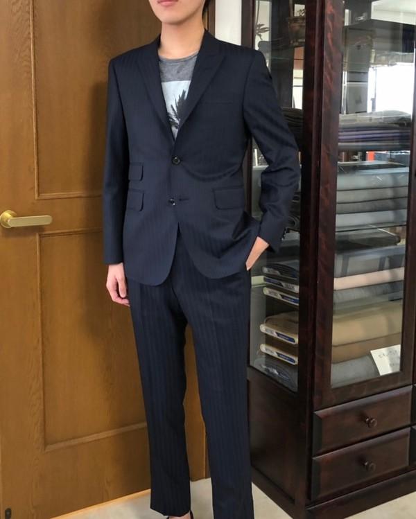 【埼玉県さいたま市在住  KFさま】チャールズクレイトン社(英)製生地で三つ釦段返りシングルスーツをお仕立て