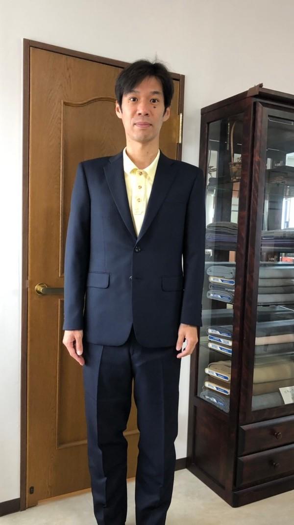【東京都練馬区在住  たつむらしゅんじ様】国産生地で二つ釦シングルスーツをお仕立て
