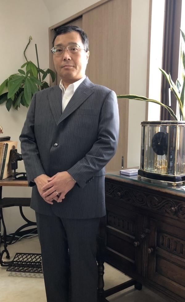 【東京都練馬区在住 TFさま】国産生地で三つ釦段返りシングルスーツをお仕立て