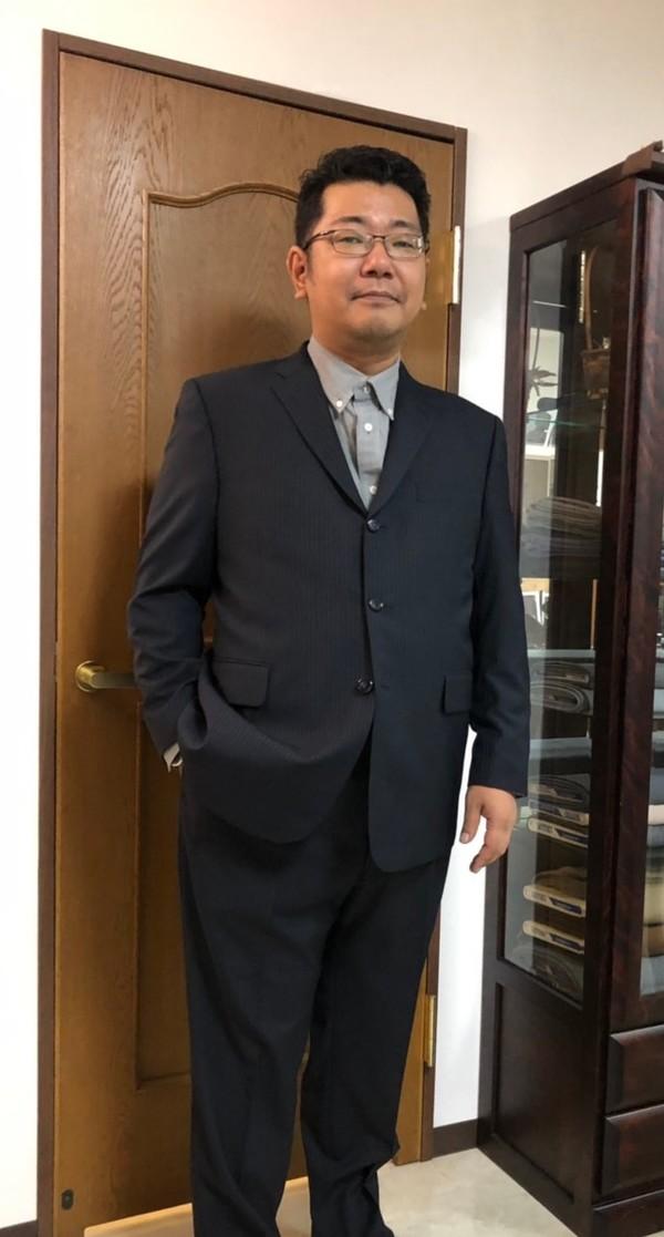 【千葉県柏市在住  HKさま】国産生地で二つ釦シングルスーツをお仕立て