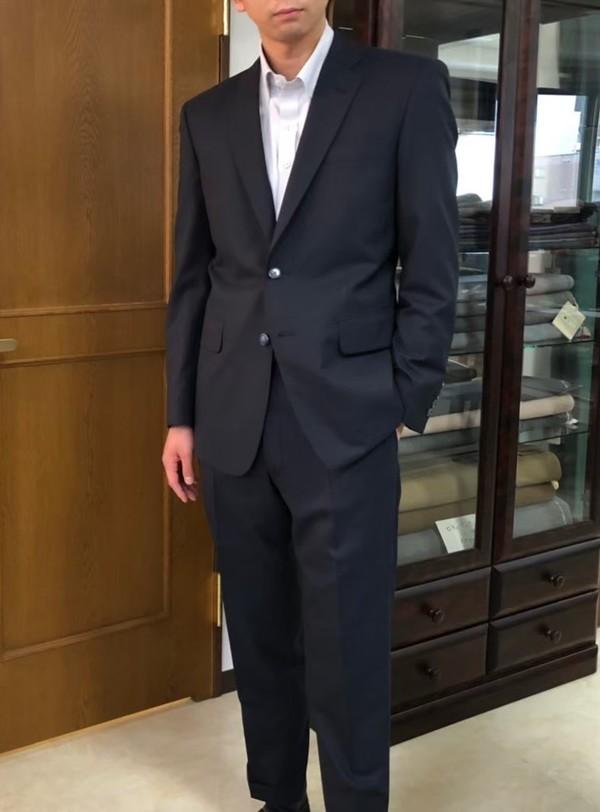 【東京都豊島区在住 RTさま】国産生地で二つ釦シングルスーツをお仕立て