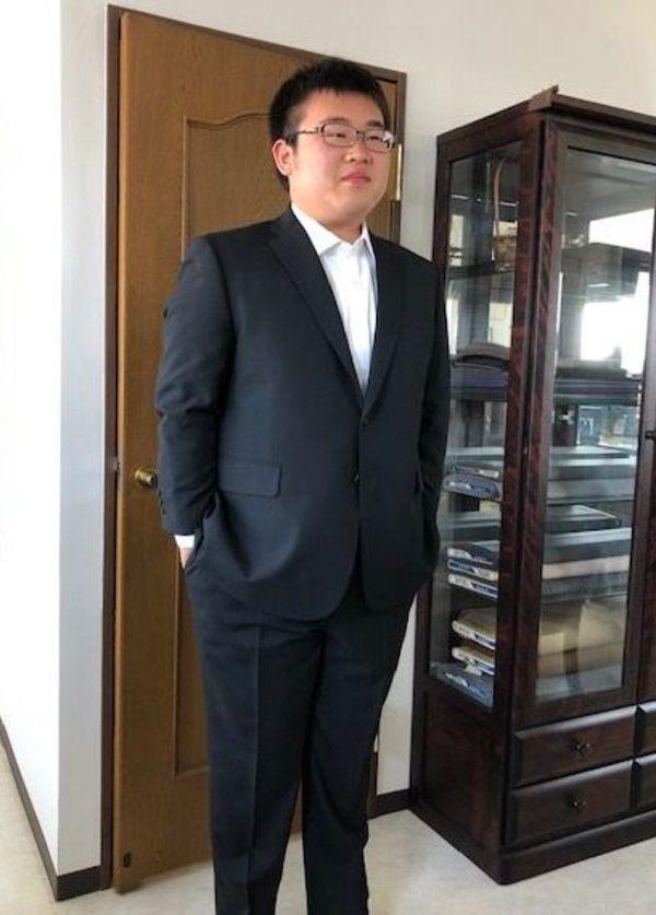 【神奈川県横浜市在住 大津泰さま】国産生地で二つ釦シングルスーツ/オーダーYシャツ三着をお仕立て