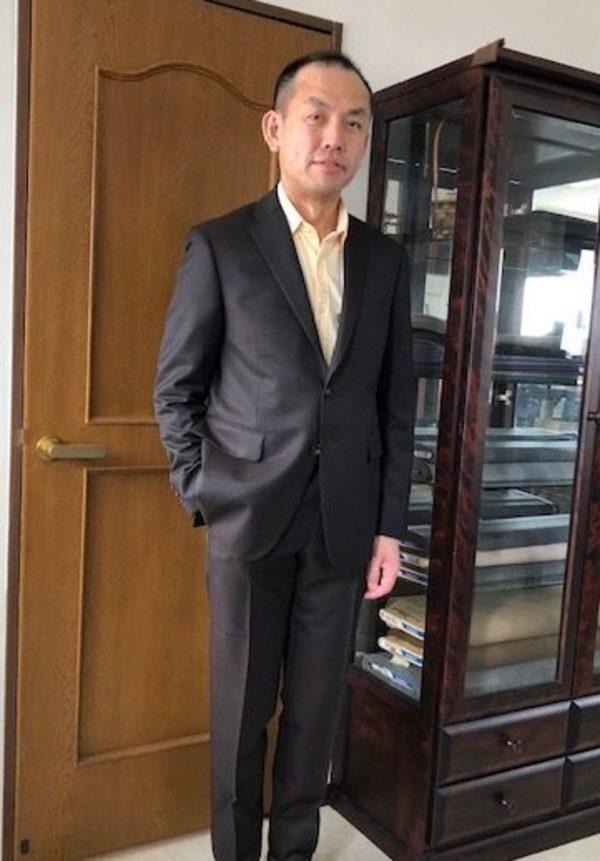 【埼玉県さいたま市在住 大町秀和さま】国産生地で二つ釦シングルスーツをお仕立て