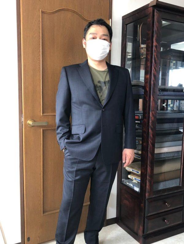 【東京都大田区在住 TSさま】国産生地で二つ釦シングルスーツをお仕立て