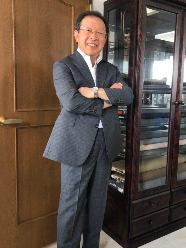 【東京都武蔵野市在住 YHさま】国産生地で二つ釦シングルスーツ二着をお仕立て