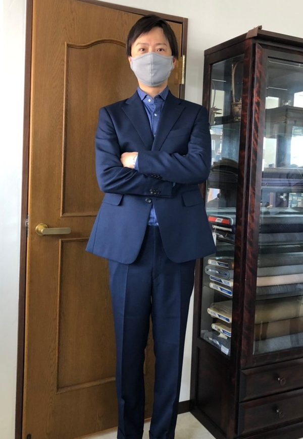 【東京都練馬区在住 YKさま】国産生地で二つ釦シングルスーツをお仕立て