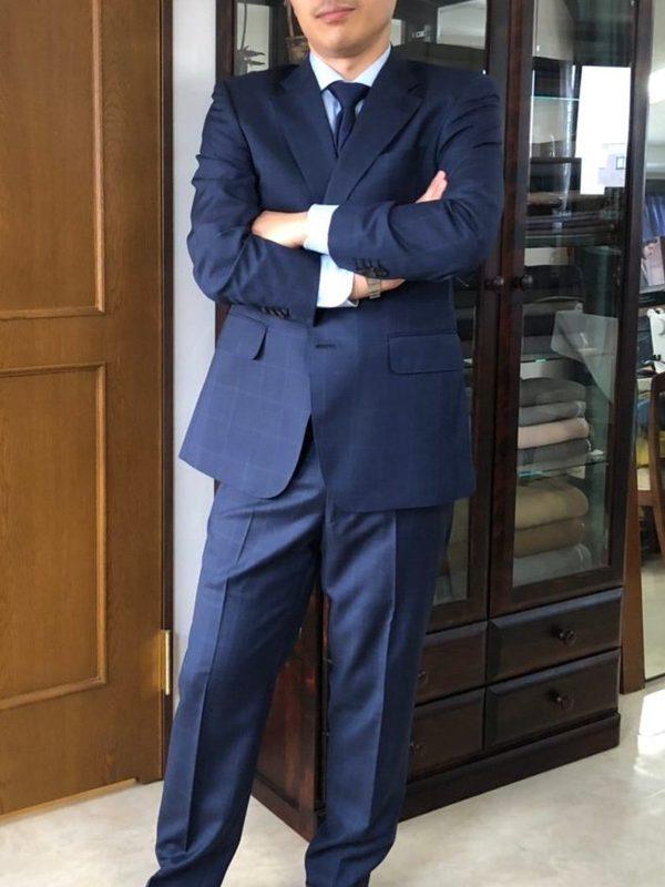 【東京都板橋区在住 HFさま】アンジェリコ社(伊)製生地で二つ釦シングルスーツをお仕立て