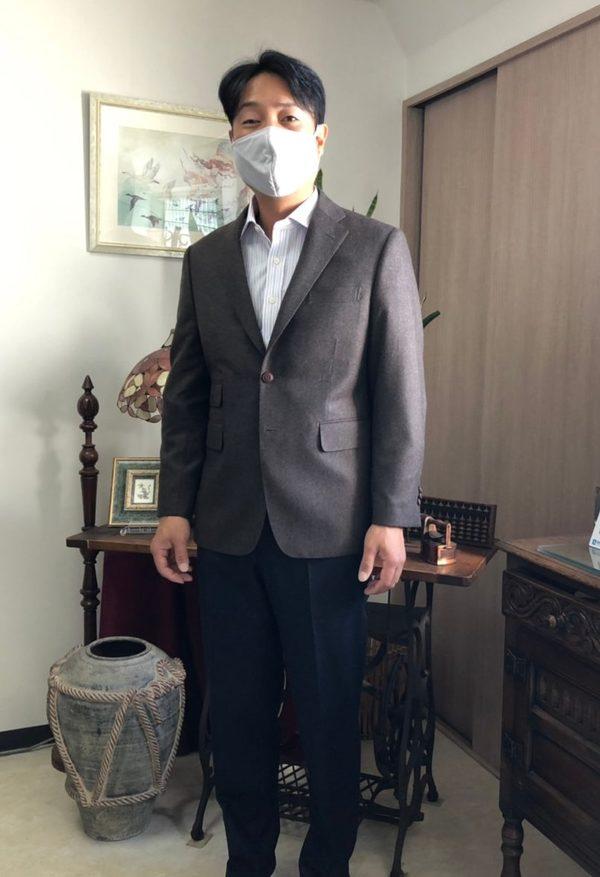 【神奈川県厚木市在住 HIさま】国産生地で二つ釦シングルスーツ・オーダーYシャツ/マーチンサンズ社(英)製生地で二つ釦シングルジャケット・パンツをお仕立て