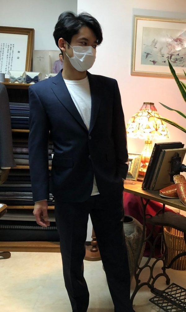 【東京都練馬区在住 SKさま】国産生地で二つ釦シングルスーツをお仕立て