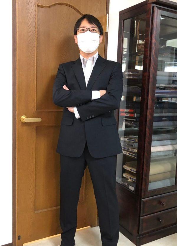 【埼玉県さいたま市在住 MAさま】国産生地で二つ釦シングルスーツをお仕立て