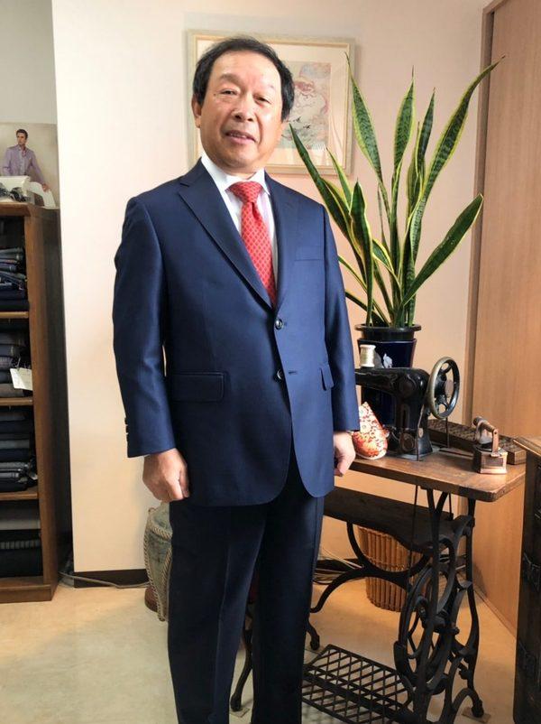 【東京都武蔵野市在住 YHさま】スキャバル社(英)生地で二つ釦シングルスーツをお仕立て