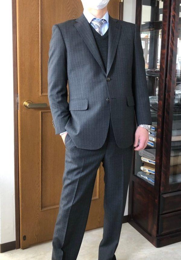 【東京都練馬区在住 YSさま】インポート生地でスペアパンツ付き二つ釦シングルスーツをお仕立て