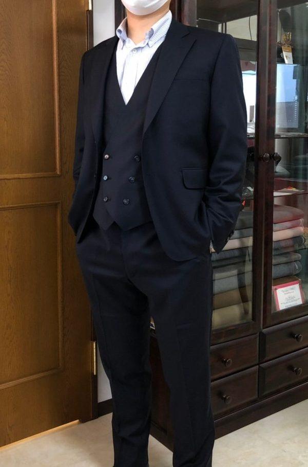 【群馬県高崎市在住 HSさま】チェルッティ社(伊)製生地で二つ釦シングル三つ揃いスーツをお仕立て