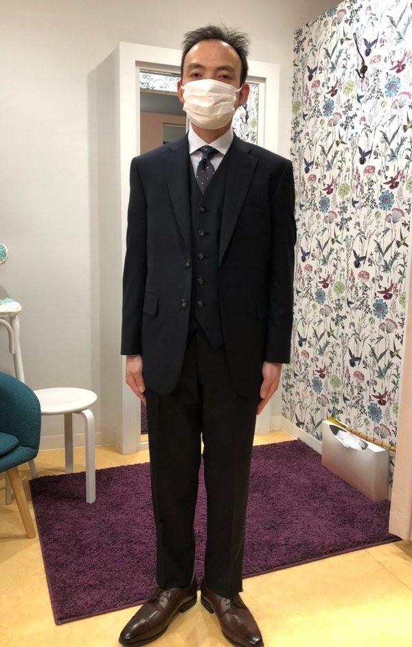 【茨城県つくばみらい市在住 SIさま】国産生地で二つ釦シングル三つ揃いスーツをお仕立て
