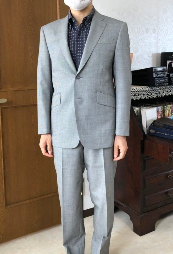 【東京都北区在住 AIさま】国産生地で二つ釦シングルスーツをお仕立て